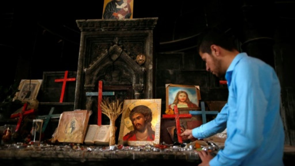 First Palm Sunday since IS in Iraq's main Christian town