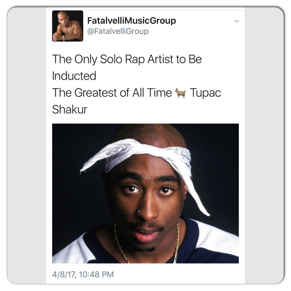 #Tupac we miss u babe but I know you're smiling right now #Rip 🙏 3sqox