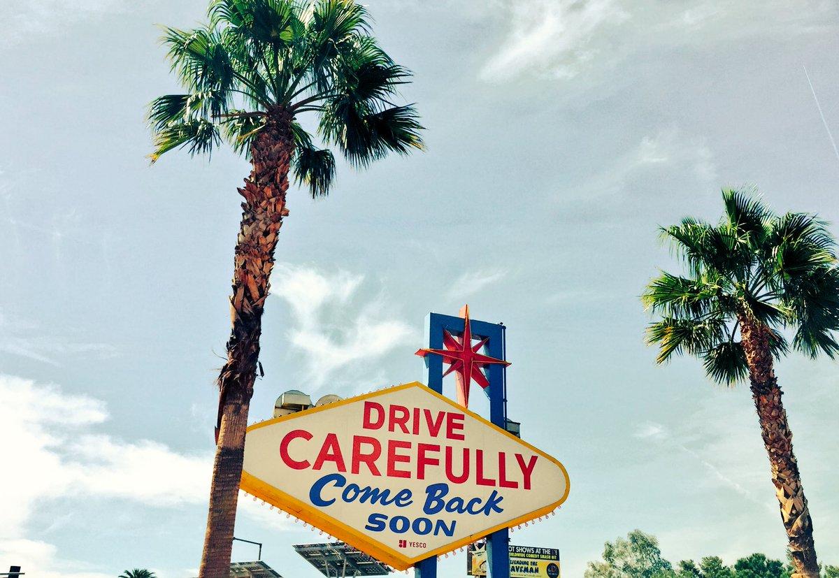OSrecio: See u next year Vegas #roadfromimagine https://t.co/PrIta3Q600