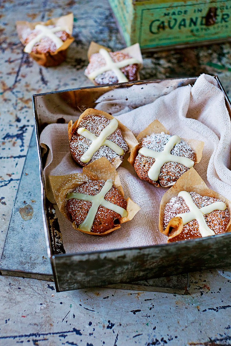 RT @JamieMagazine: Get your Easter bake on with these #glutenfree hot cross muffins https://t.co/DLPkNosQtO https://t.co/dZ1CNfzQFf
