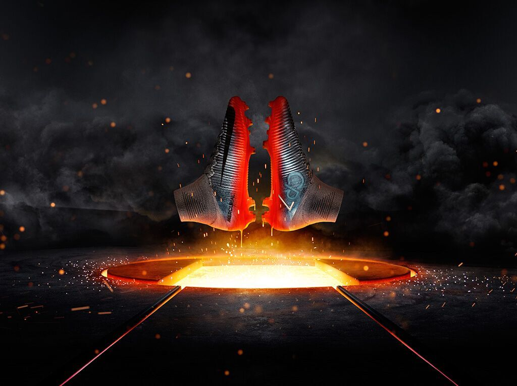 Forged in Manchester ����#Mercurial Available tomorrow ������https://t.co/E2zLOUFGP6 https://t.co/nuvDnwWbU1