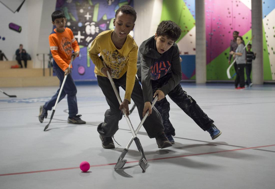 Kids' hockey program helps newcomers feel more Canadian From @RBradyGlobe via @Globe_Sports