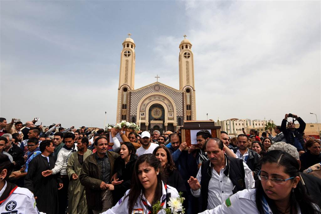 PICTURES: Egypt mourns and goes into lockdown after deadly blasts on Palm Sunday
