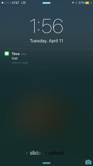 1 pic. @tevabarnea he was like 5 feet away....? Weirdo lol https://t.co/AyNeOtqVHH