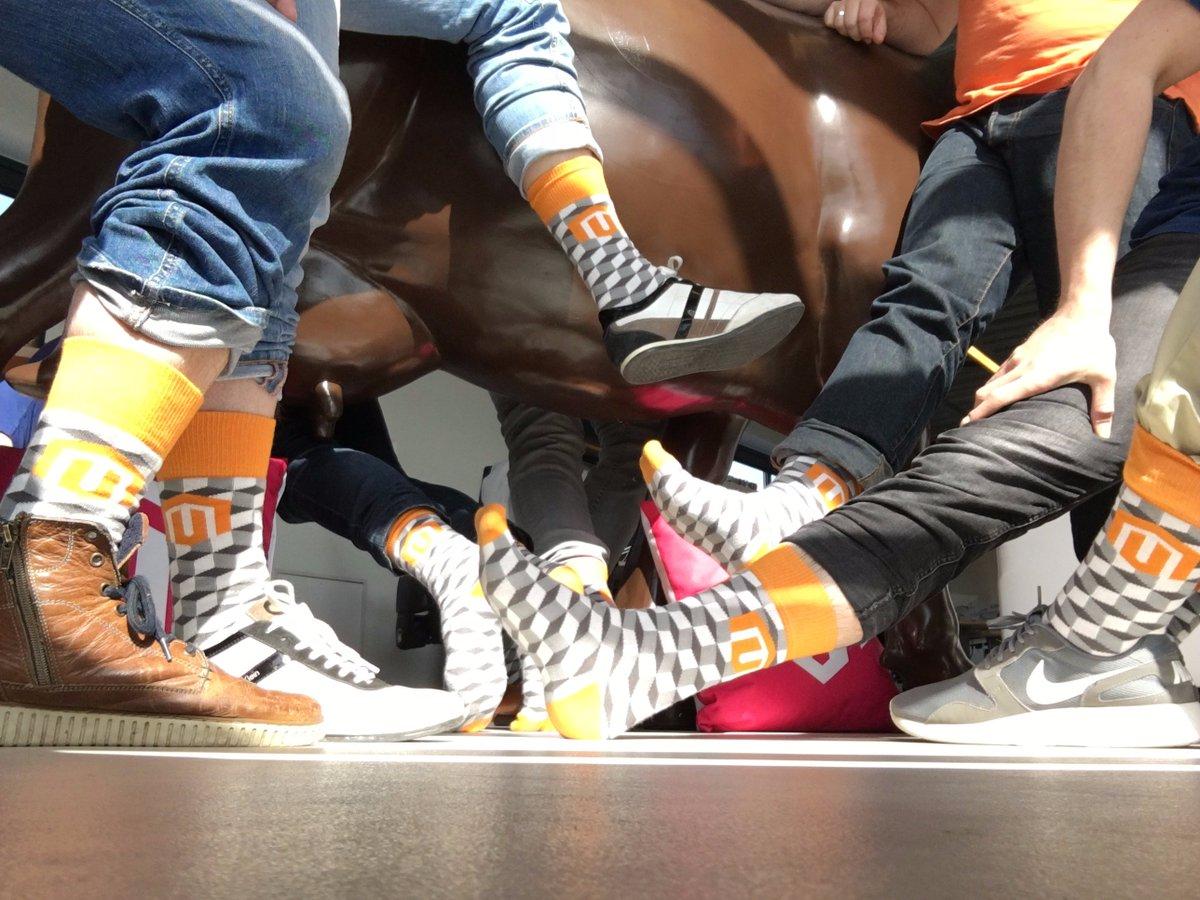 creaminternet: Het team is super blij met hun @Magento sokken die zijn meegenomen uit Las Vegas bij #Magentoimagine https://t.co/rSabR3nShq