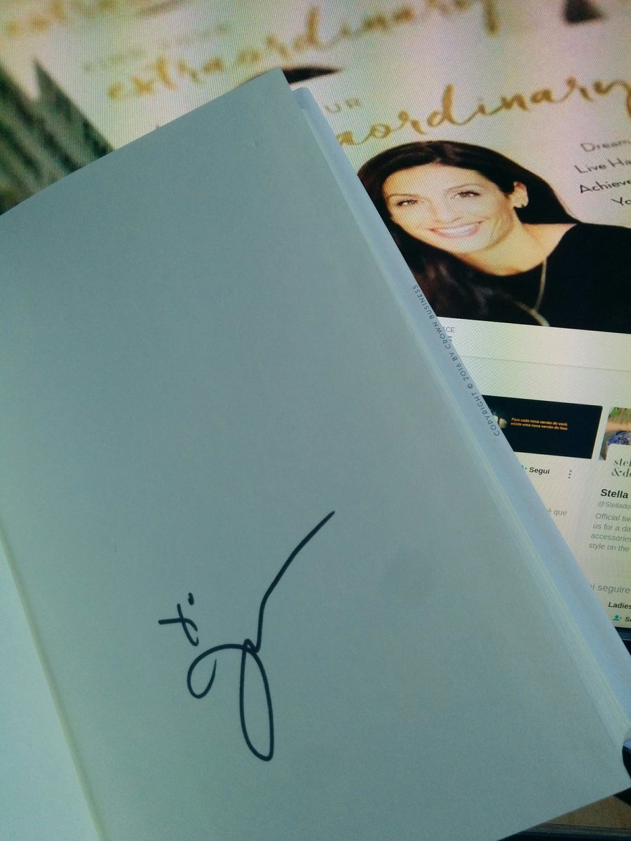 aleron75: Memories from #MagentoImagine: my signed copy of 'Find your extraordinary' by @JessicaHerrin https://t.co/fCNUa1MjiF