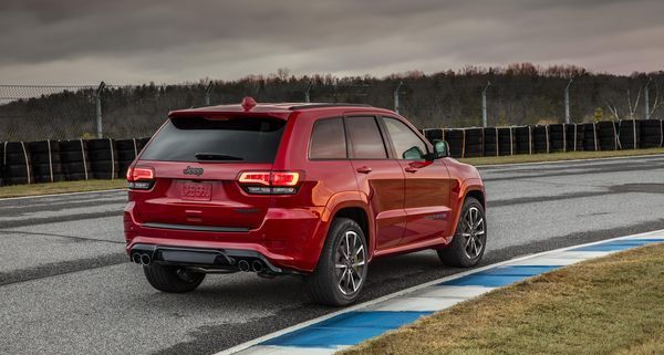 180-mph Jeep Trackhawk is a 'Hellcat SUV'