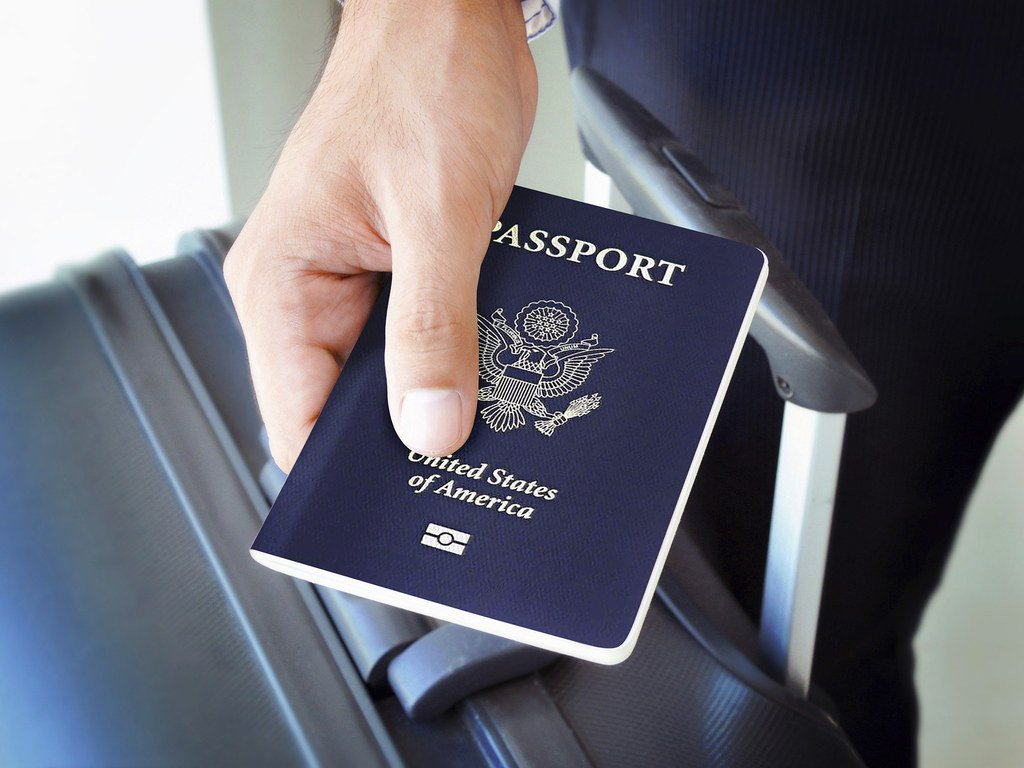 Here's when to renew your expiring passport https://t.co/NS09oGUYQI https://t.co/PmIyRDtRcp