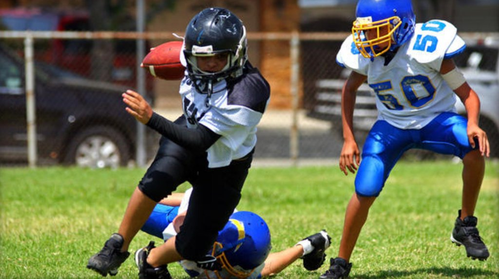 How many parents hold their kids back from sports due to concussion risk?
