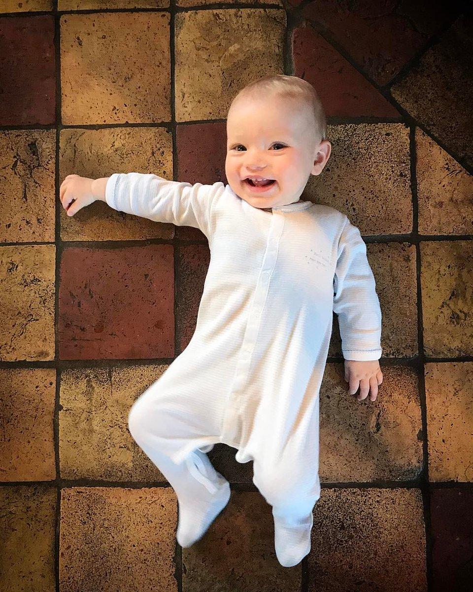 Morning little boy.....always good to get a nice smile???? https://t.co/cBux5ek1yi