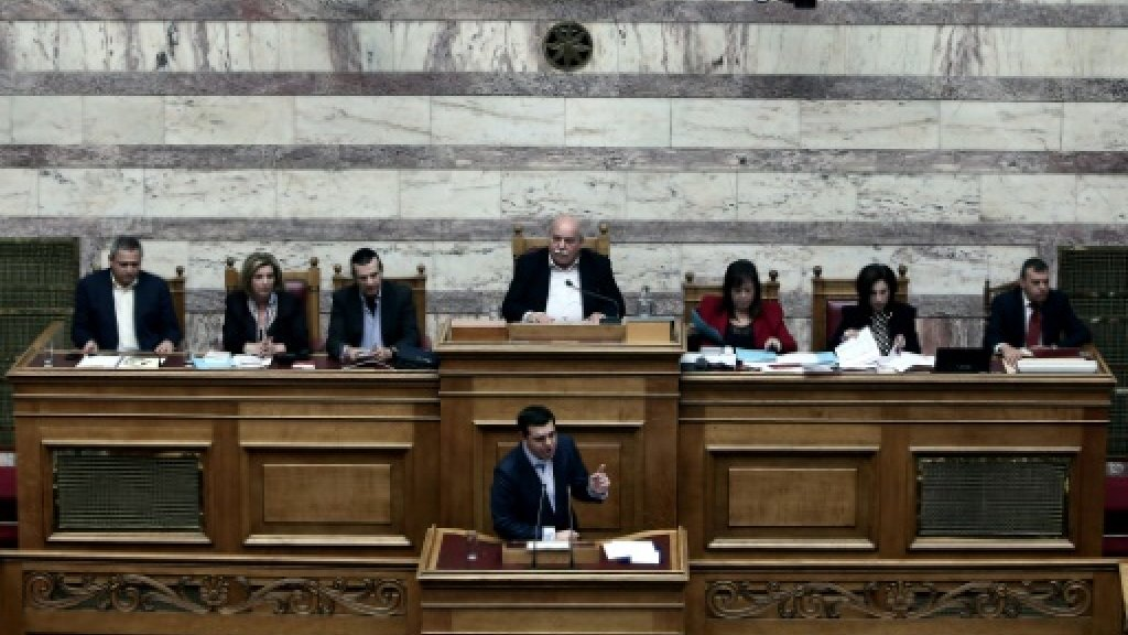 Greece to probe suspected health scandals