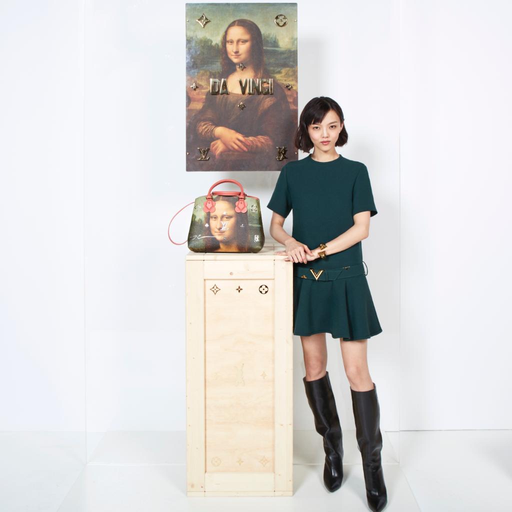 福島リラ──ルーヴル美術館にて発表された「MASTERSコレクション」の全貌は https://t.co/IU9mHywYEO で。 撮影:パトリック・デマルシェリエ #LouisVuitton #LVxKoons https://t.co/uv2BcYmB73