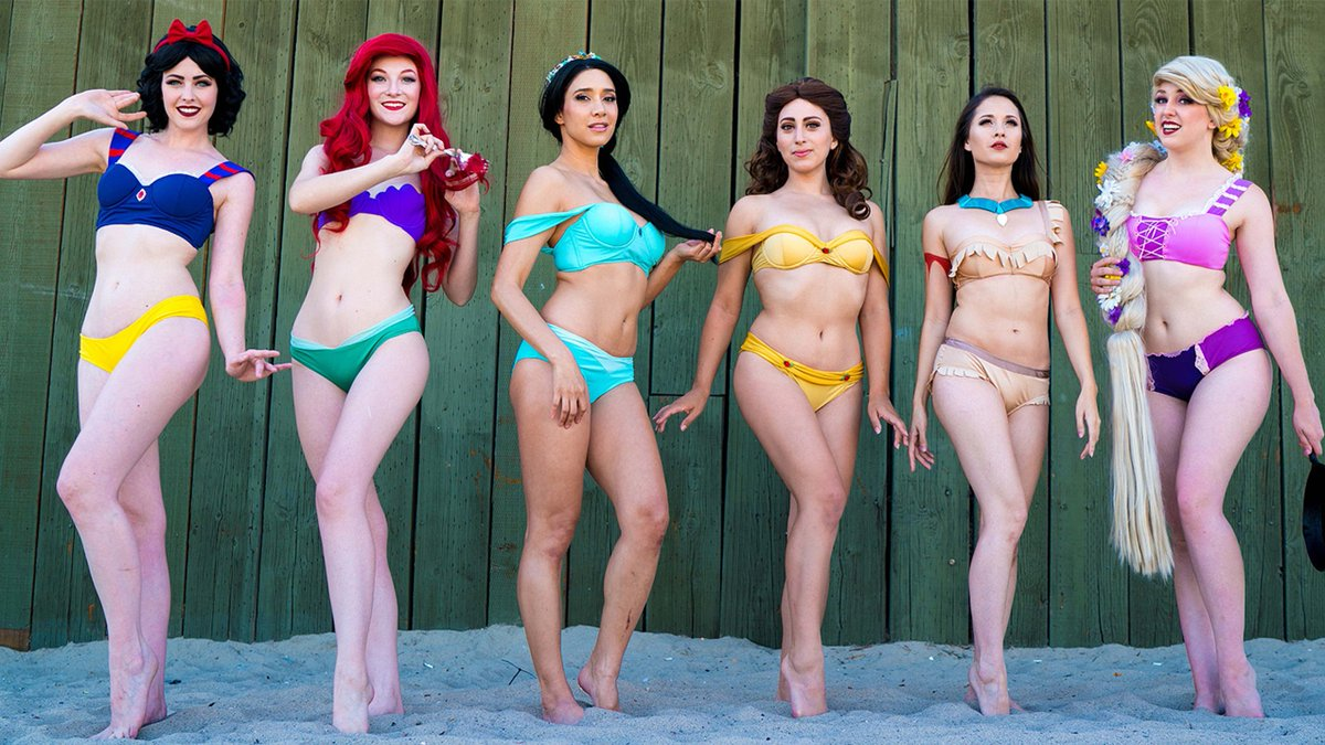 Every way you can dress like a Disney princess, from cocktail dresses to lingerie ?