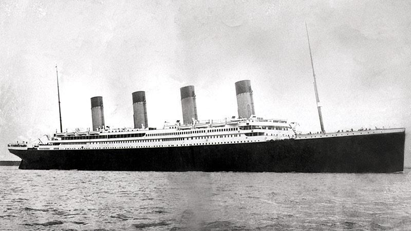an overview of the titanic a history of a disaster on april fourteenth