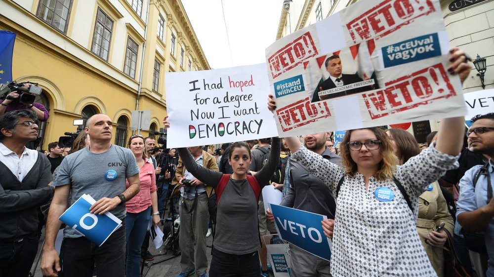 Opinion: Why is Hungary trying to shut down CEU university in Budapest?