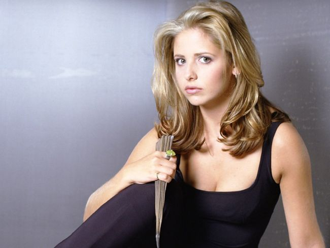 Happy birthday to Sarah Michelle Gellar, the Vampire Slayer!