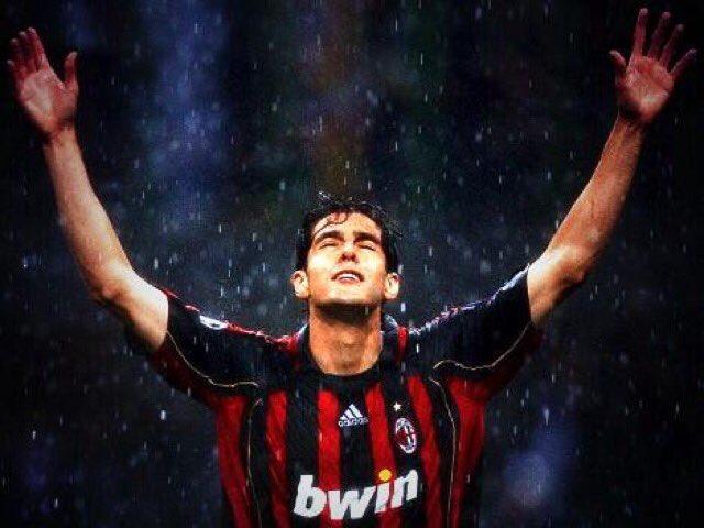 Happy birthday  idolo . .sempre nei nostri cuori rossoneri   ci manchi