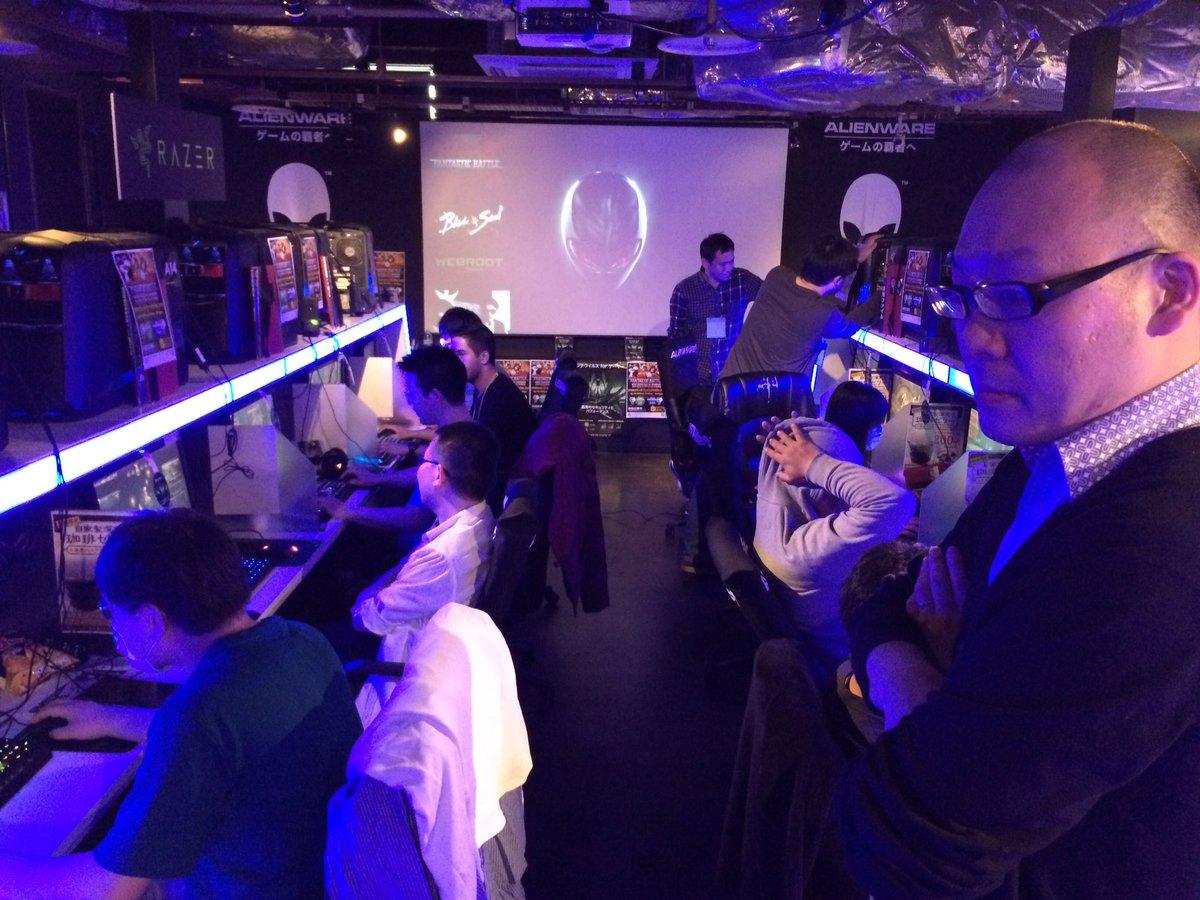 東京会場にFSグラウカさん来ていただきました^ - ^会場も盛り上がってます。 #fanbat #ブレイドアンドソウル