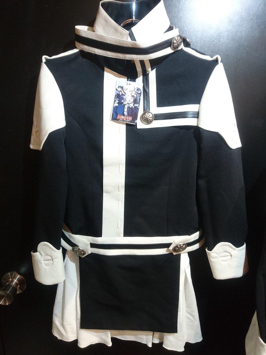 コスパティオ製のアレン・リナリーの衣装が入荷致しました😆✨こちらは両方ともタグ付きの美品となっております♥#kbooks