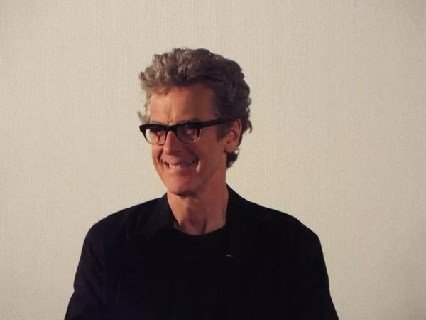 Happy birthday to Peter Capaldi! I hope he\s having a great day.
