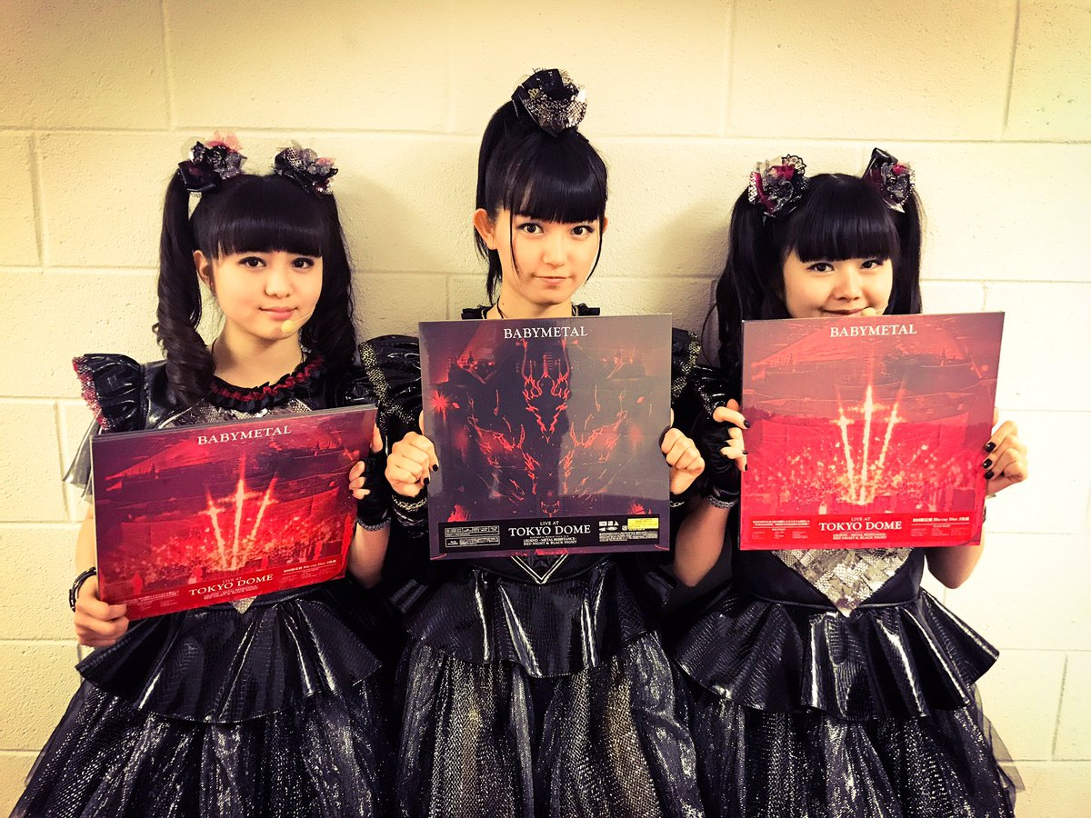 LIVE AT TOKYO DOME発売中!! Now available LIVE AT TOKYO DOME!! #BABYMETAL #TOKYODOME #chilipeppers...
