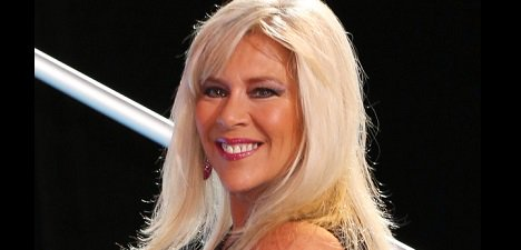 Happy Birthday to British pop singer Samantha Fox (born April 15, 1966).