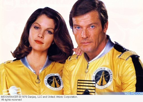 Happy 60th Birthday to Dr Goodhead from (Lois Chiles) from Moonraker. Underrated film and Bond girl