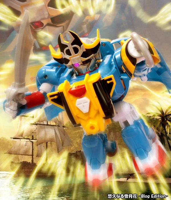 タカラトミー ボカンメカ ハチブルーンタイムボカン24の玩具レビュー第3弾は「ハチブルーン」です。残念ながらコスプレドッ