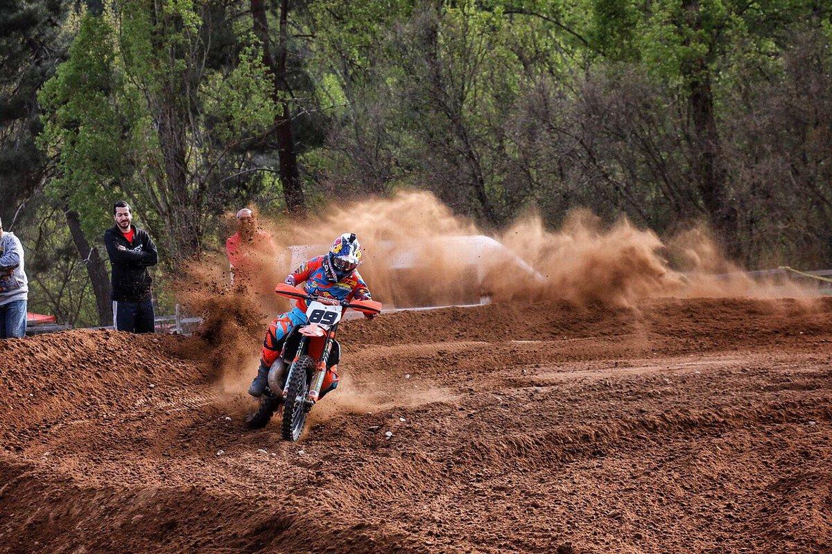 P1 carreron hoy en el #motocross Quintanamaria..Como me lo he pasado!!       💪🏻💪🏻💪🏻🤘🏻 https://t.co/hIrYGS0OqX