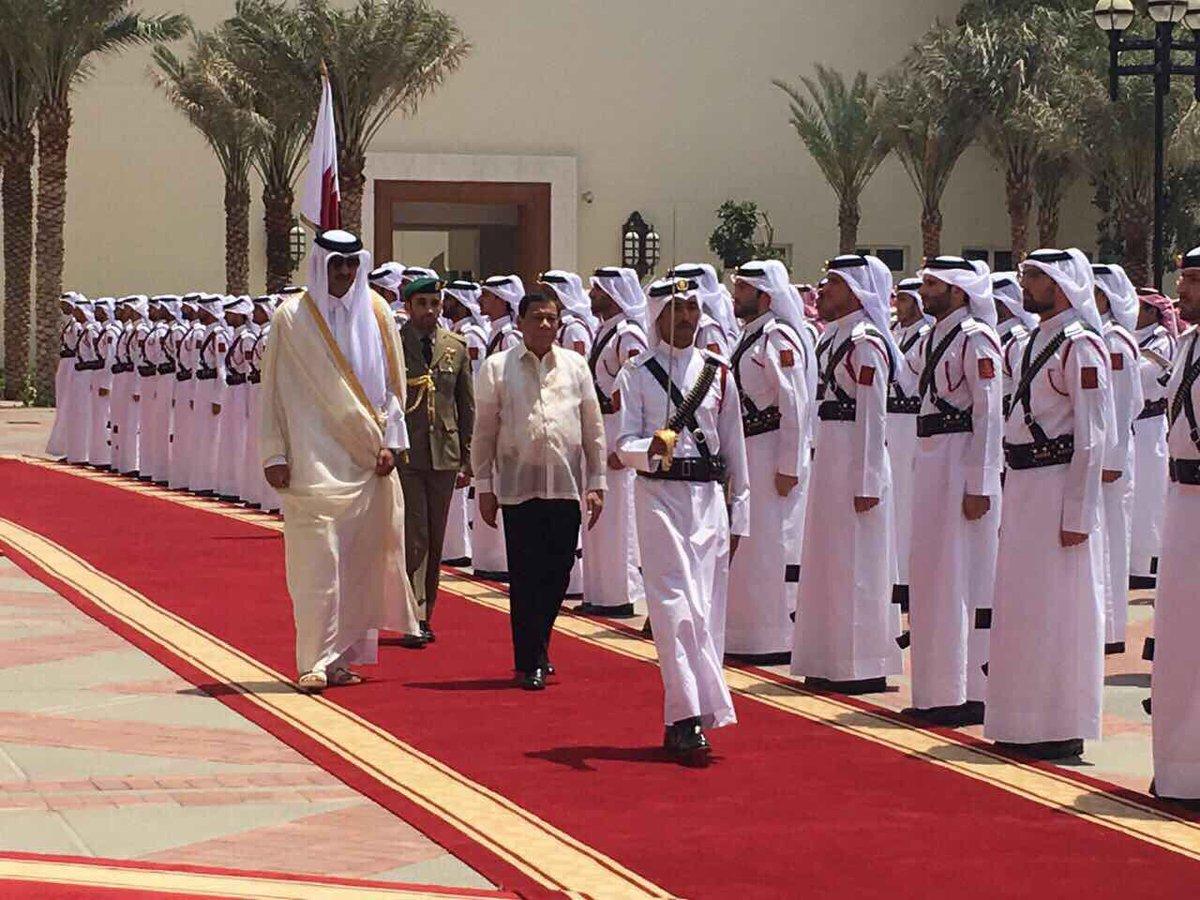 Look pres duterte is given royal reception at amiri for Diwan amiri qatar