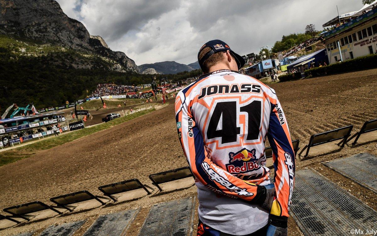 RT @alpinestars: MX2 Race 1 at @mxgp Italy was good to @PaulsJonass41 who snagged the W. https://t.co/7brpTbxAEW
