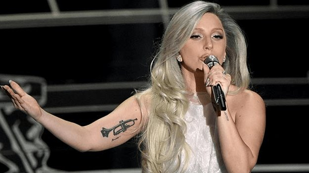 Lady Gaga to film scenes with fans for A Star is Born atCoachella https://t.co/QybGUKtUGP