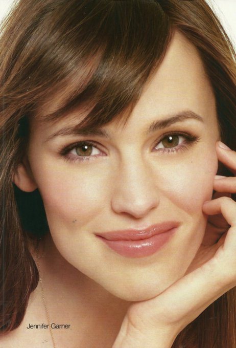Happy Birthday Jennifer Garner!!!