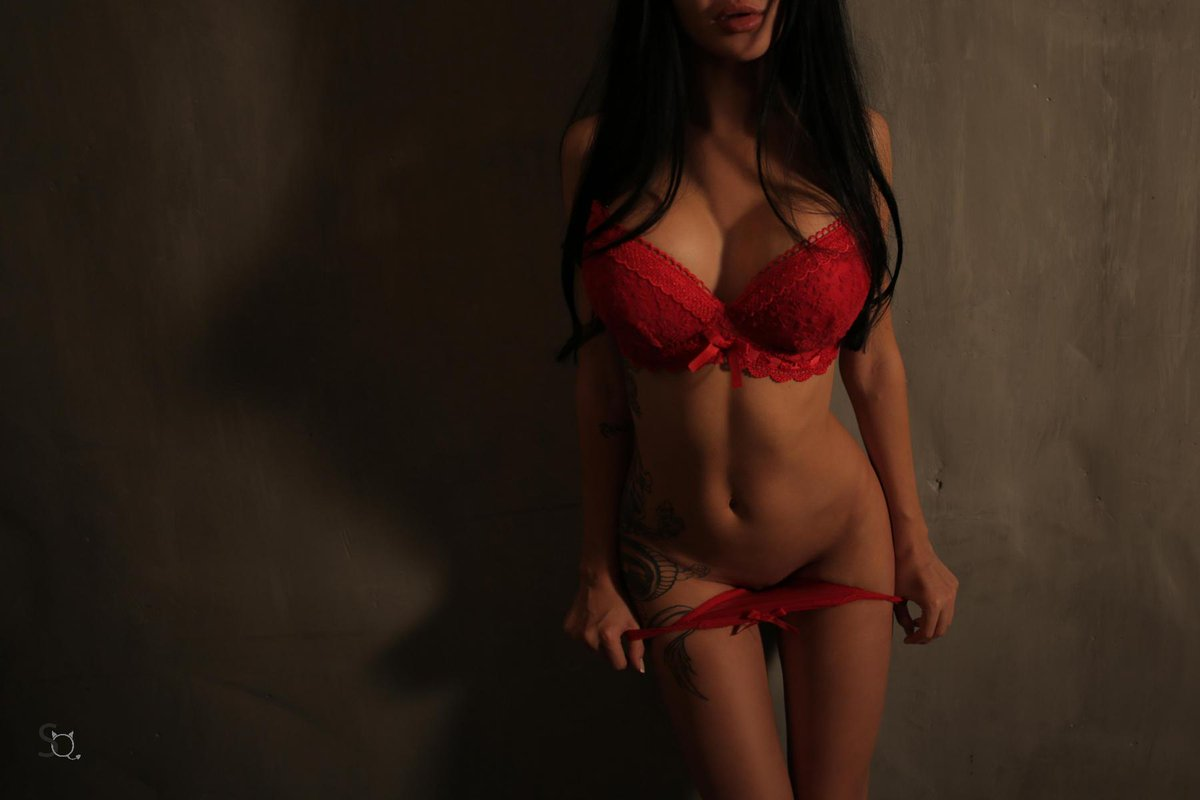 #Titties #BigBreasts #Lingerie --> bbuFWRnCdK Ri5Ho4yXQM