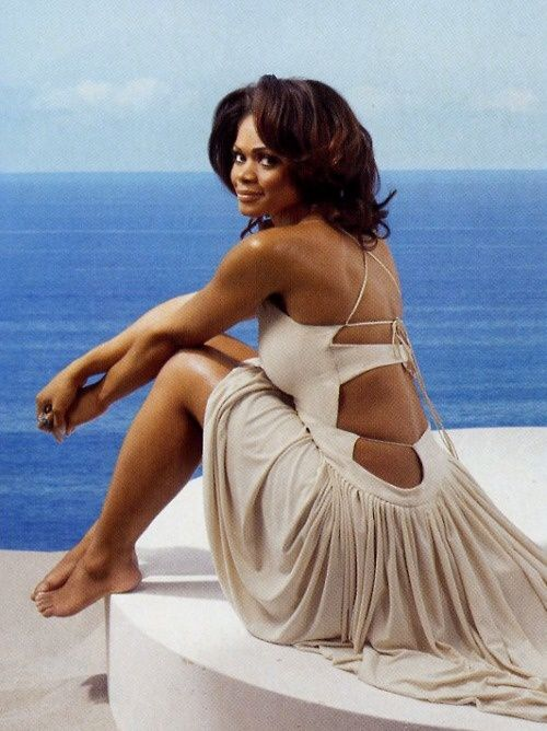 Happy 50th Birthday to the effortlessly beautiful Kimberly Elise!