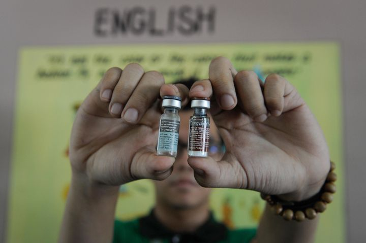 test Twitter Media - .@WHO approves world's first ever #dengue vaccine #Dengvaxia for people living in endemic areas https://t.co/G0Dhw3x2K7 #endNTDs https://t.co/URg2ZzLmHr