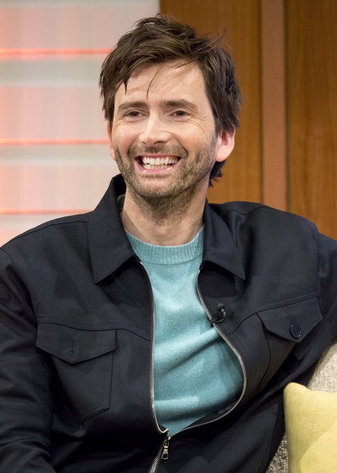 HAPPY BIRTHDAY TO MY FAVE PERSON DAVID TENNANT LOVE YOU LOTS