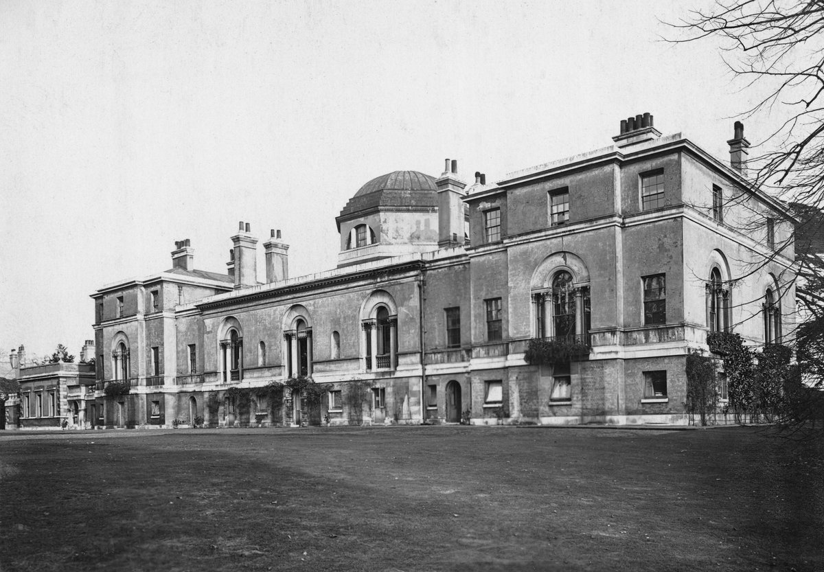 test Twitter Media - Feeling sure you've all got little on your minds on a slow news day, here's our new discovery: @Chiswick_House before wings were demolished. https://t.co/4M6WFxdVRe
