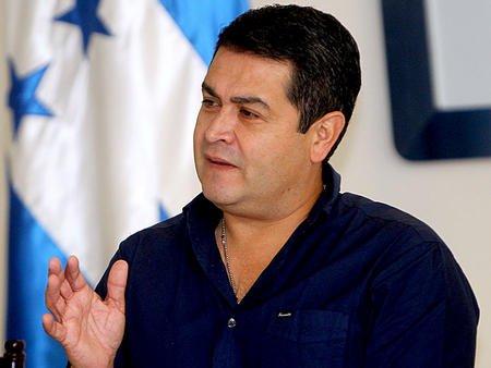 Honduras da lección a El Salvador: Consigue $1,000 millones y sube calificación