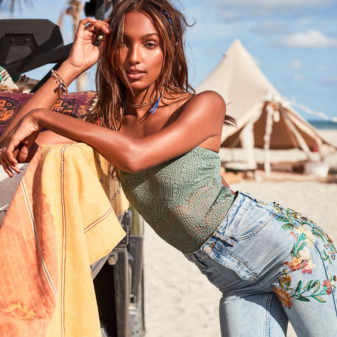 Our version of the one-hit wonder: this bodysuit. #SummerLikeAnAngel https://t.co/yPaJOkbbpe https://t.co/KpKsuxQkbZ