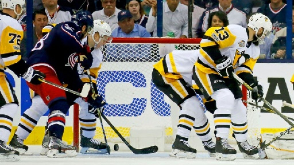 Blue Jackets stay alive in NHL playoffs with win over Penguins