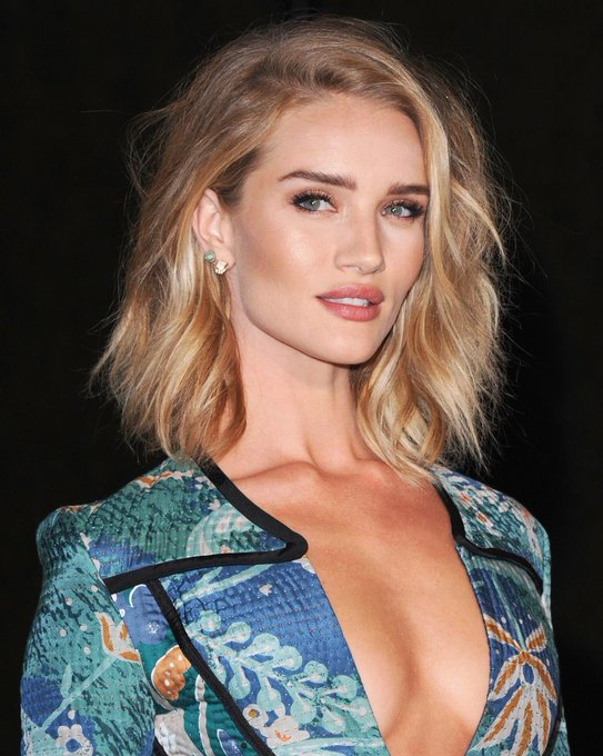 Happy Birthday to one of the most sexiest former Victoria\s Secret Angel,  Rosie Huntington Whiteley.