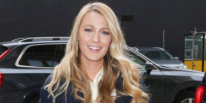 Blake Lively says Googling herself 'ended in full depression'