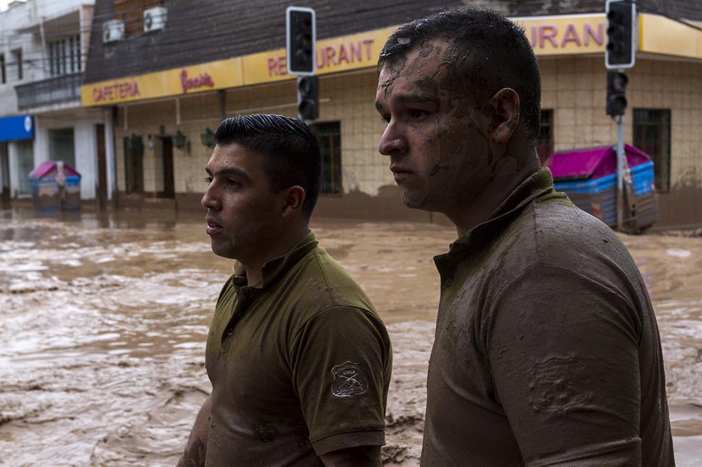 Copiapó: Carabineros continuará con las labores de ayuda a la ciudadanía. http://t.co/70uZGDD0hm