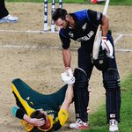 RT @cricBC: You become a great when you win a tough contest. You become a legend when you share your rival's pain. #NZvSA #CWC15 http://t.c…