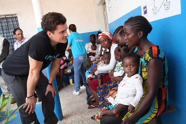 Orlando Bloom has gone to Liberia, in an emotional visit to Ebola-affected communities: