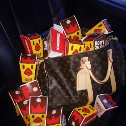 Now that @BurgerKing #chickenfriesareback, I'm taking them with me wherever I go #chickenfries #bkpdpartner http://t.co/pOksSKS78U