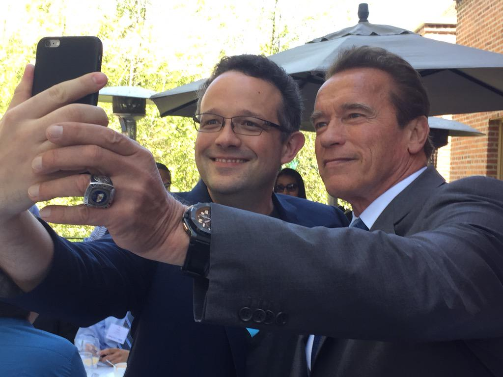 Selfie with @Schwarzenegger: cool. A picture: even cooler. A picture of a selfie: indescribably awesome. #AfterSchool http://t.co/lydynbCSl4