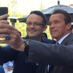 RT @plibin: Selfie with @Schwarzenegger: cool. A picture: even cooler. A picture of a selfie: indescribably awesome. #AfterSchool