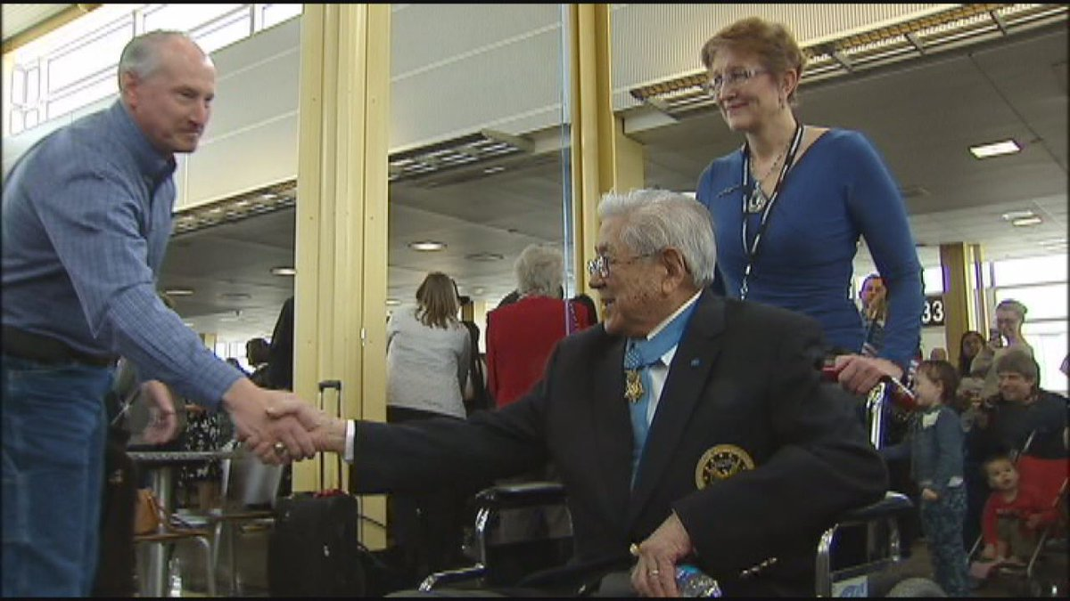 RT @fox5newsdc: Hero's welcome: Medal of Honor recipients arrive in DC for National Medal of Honor Day fox5dc http:…